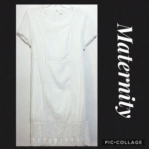 💕Old Navy Maternity White ScoopNeck Maxi Dress